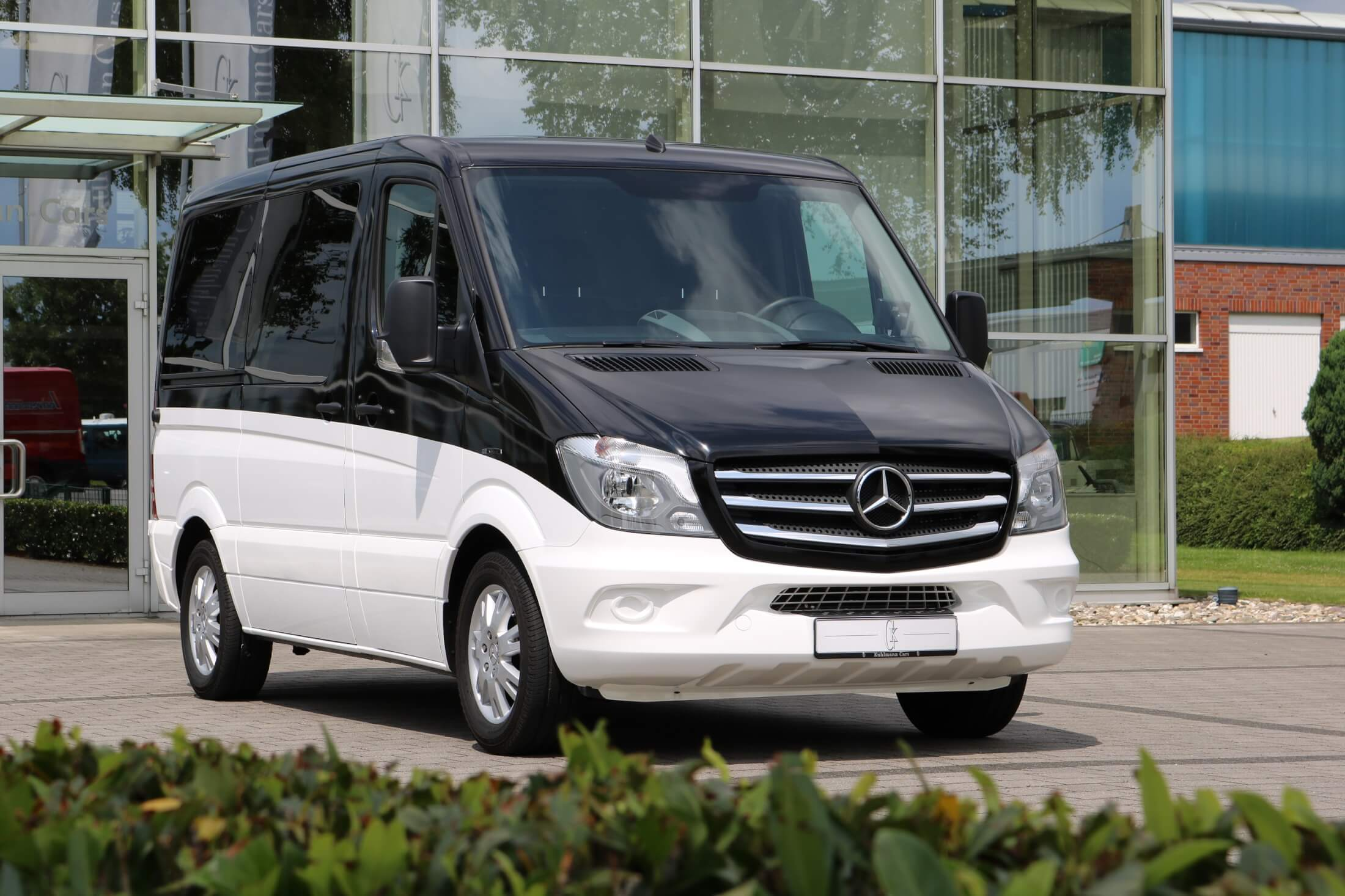 img pass mercades black limo limousines mercedes inc benz minibus passenger sprinter bus legend